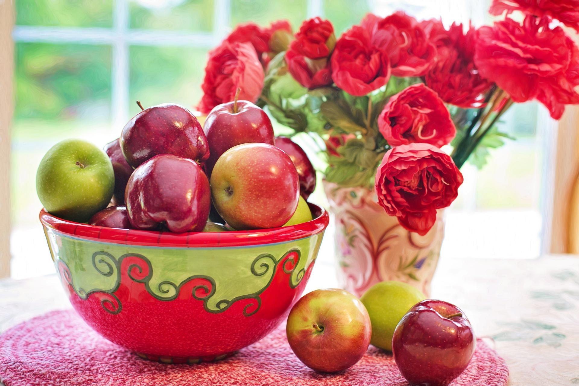 apples 2906457 1920