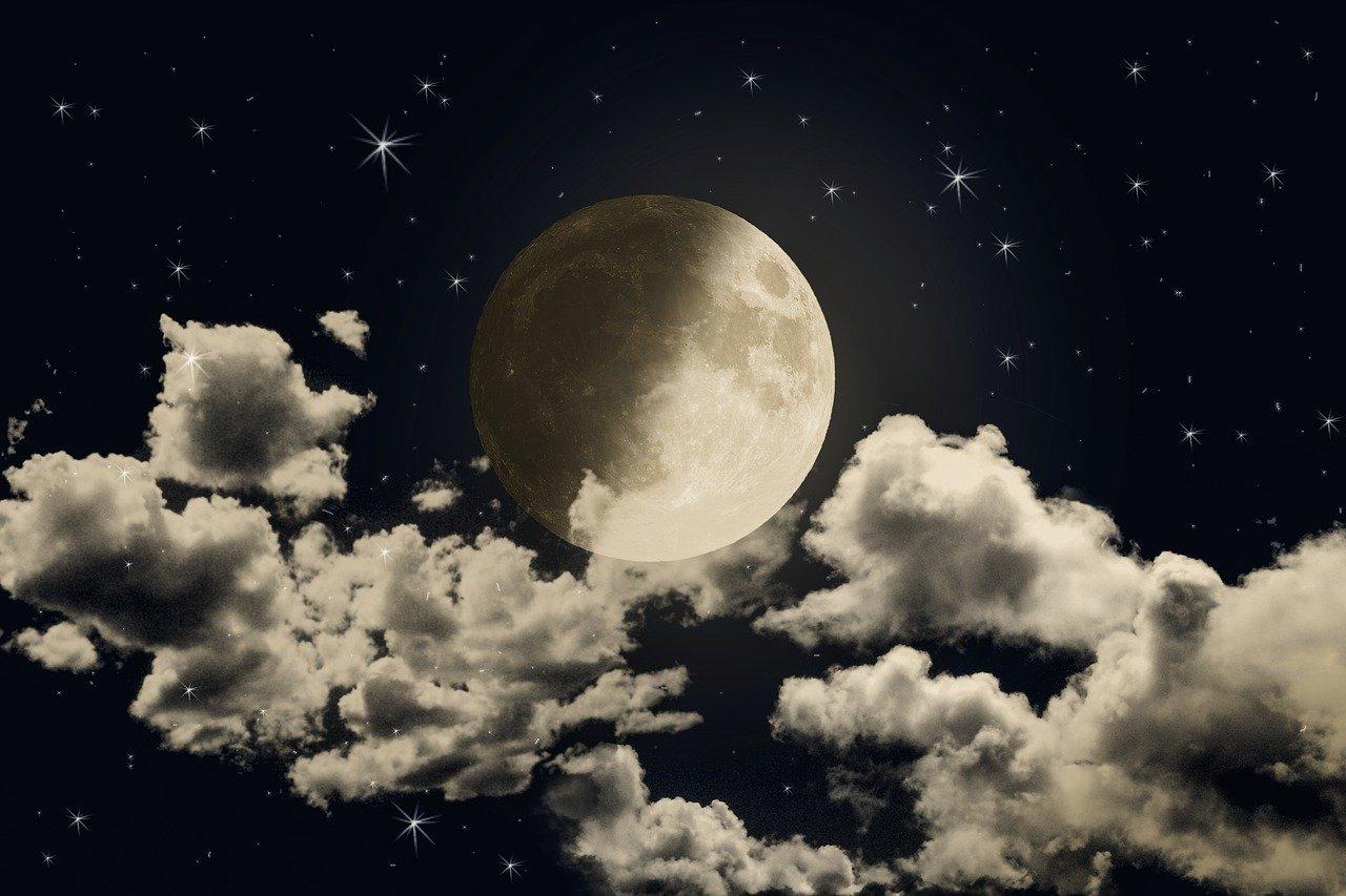 moon 5480247 1280
