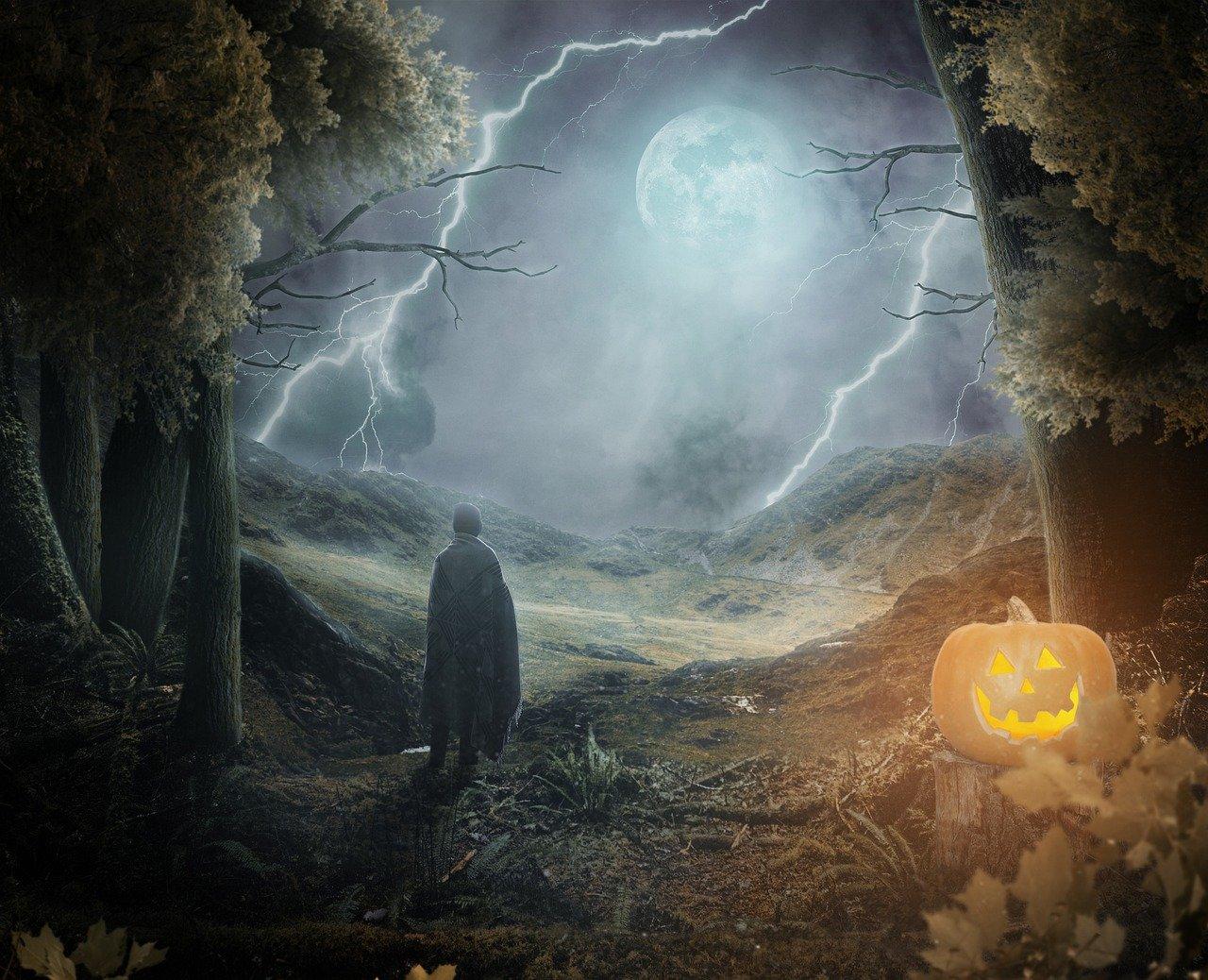 halloween 5671130 1280