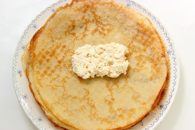 Блины на молоке с начинкой из творога рецепт пошагово